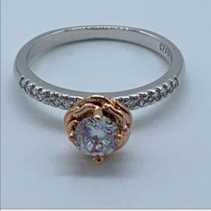 NEW white crystal flower sz 7 women's fashion ring